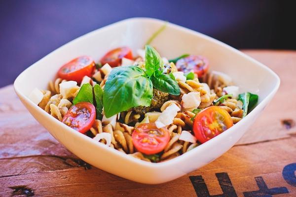 Салат с макаронами и яйцом | рецепты для похудения | 400x600