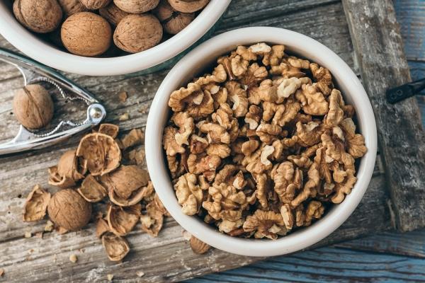 Корисно і незвично – готуємо страви з волоських горіхів