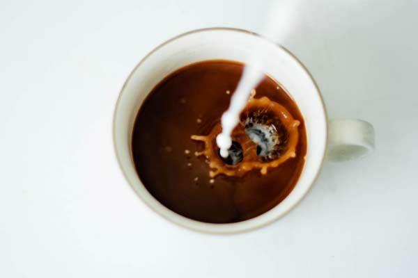 Кофе с молоком — вред или польза любимого напитка